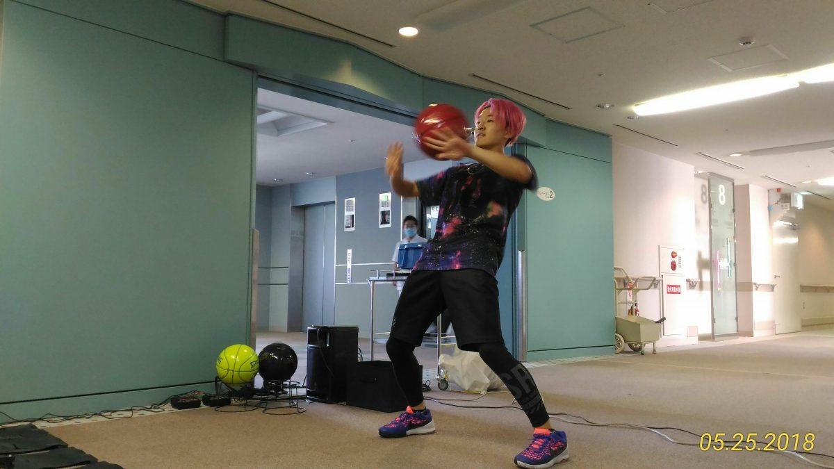 2018年5月25日 フリースタイラーNARIのバスケットボールパフォーマンスショー(大阪市立総合医療センターにて) Basketball Performance Show show by NARI at Osaka City General Hospital